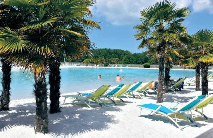Camping Atlantique Parc Pool Area