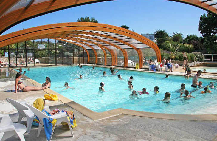 Le Chatelet Covered Pool